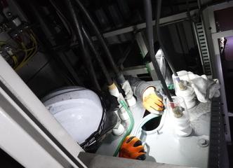 奈良県 豆腐工場 変圧器油入替工事